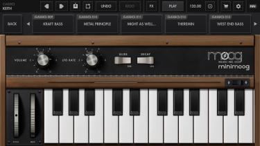 تصاویر Minimoog Model D Synthesizer
